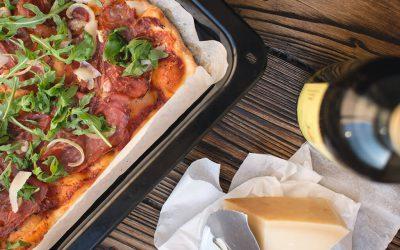 foodiesfeed.com_homemade-pizza.jpg